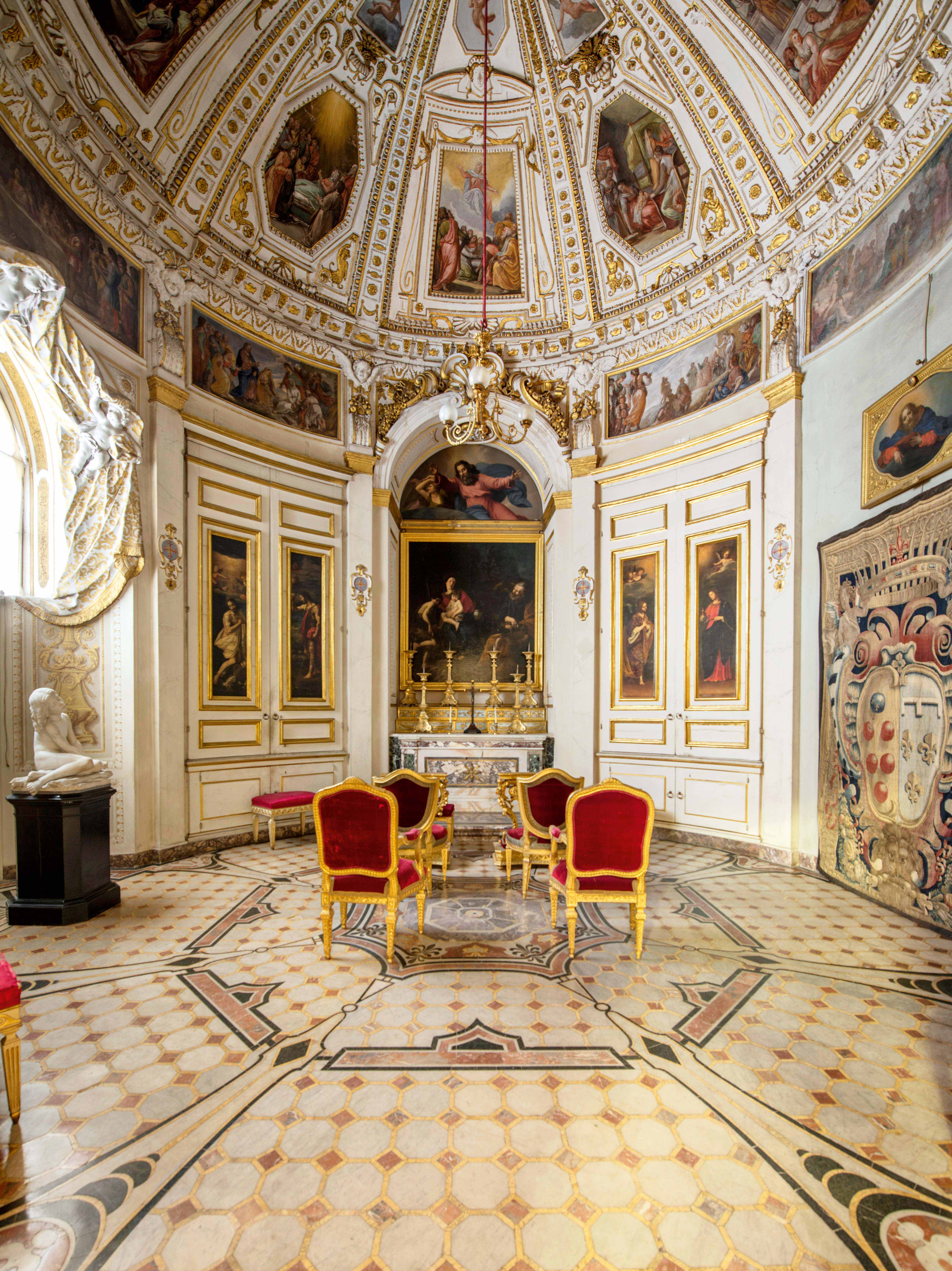 The treasure of the chapel of relics in the pitti palace for Palazzo pitti