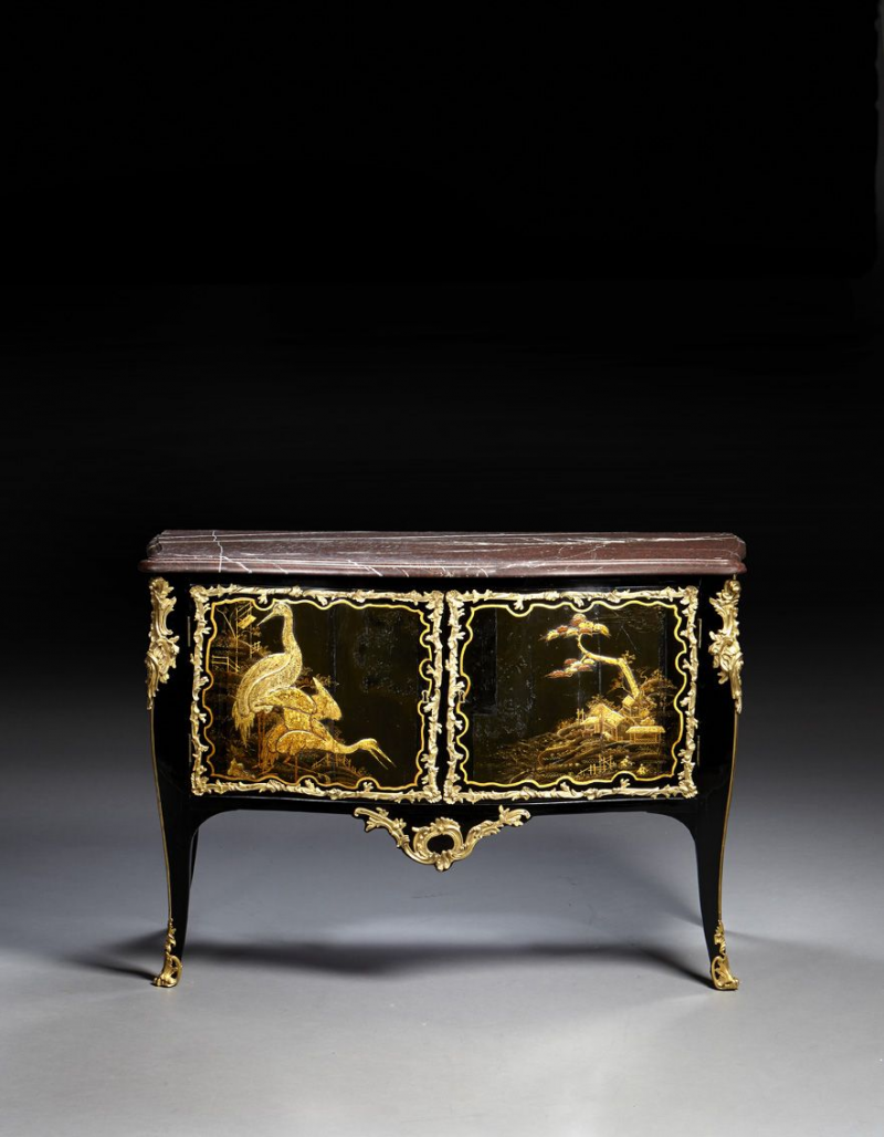 Commode d poque louis xv estampille de l onard boudin for Commode japonaise
