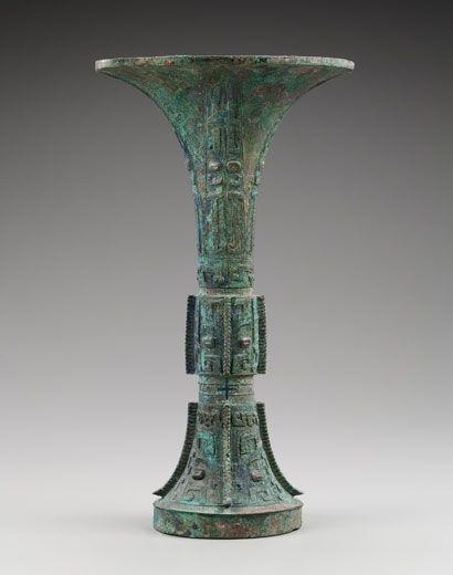 Archaic bronze vessel, Gu. China, Shang Dynasty