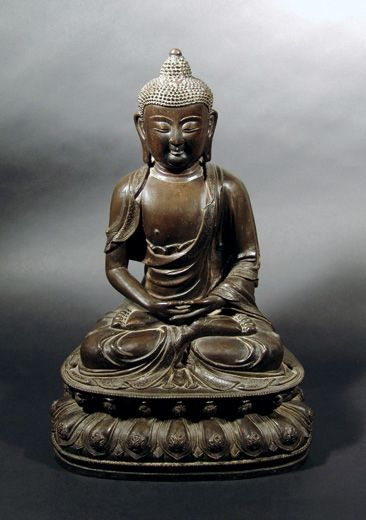 Bronze Figure of a Seated Buddha. China, Ming dynasty