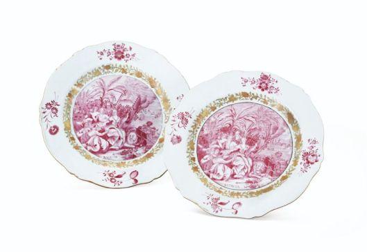 Deux assiettes en porcelaine de Chine d'époque Qianlong (1736-1796)