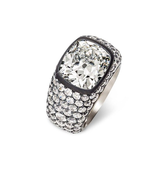 Hemmerle diamond ring in silver and white gold