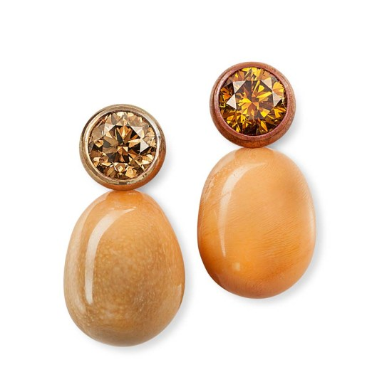 Hemmerle earrings with Melo pearls and diamonds set in copper and gold
