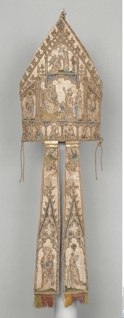 Bestickte Bischofsmütze aus der Schatzkammer der Sainte-Chapelle