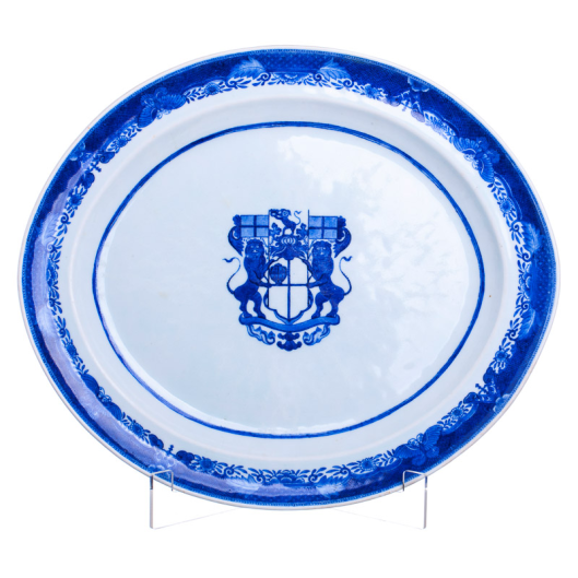 Platter 'Company of Merchant' arms, porcelain, China, 18th century, Qianlong period
