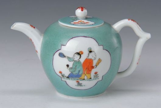 Teapot, Meissen, formerly Collection of Augustus the Strong at Japanese Palais Dresden, Meissen around 1725-30