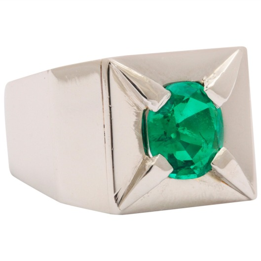 Suzanne-Belperron-Emerald-Platinum-Ring-Pat-Saling