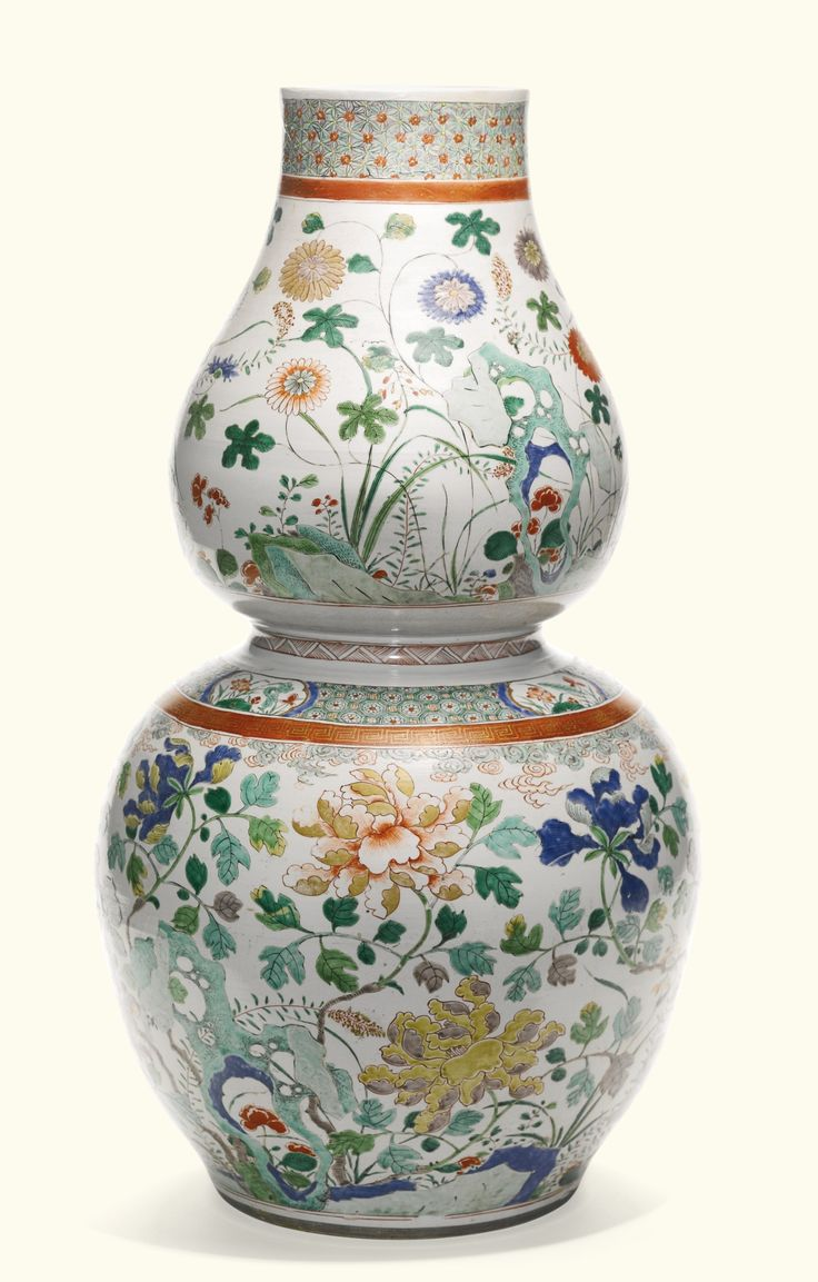 Double gourd vase alainruong a large famille verte double gourd vase qing dynasty kangxi period estimate 18000 22000 gbp lot 94 sold 22500 gbp photo sothebys reviewsmspy